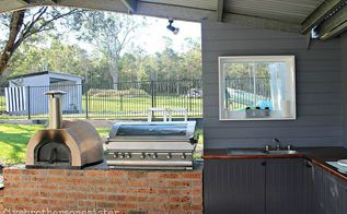 outdoor kitchen, outdoor living, Pizza oven BBQ and sink