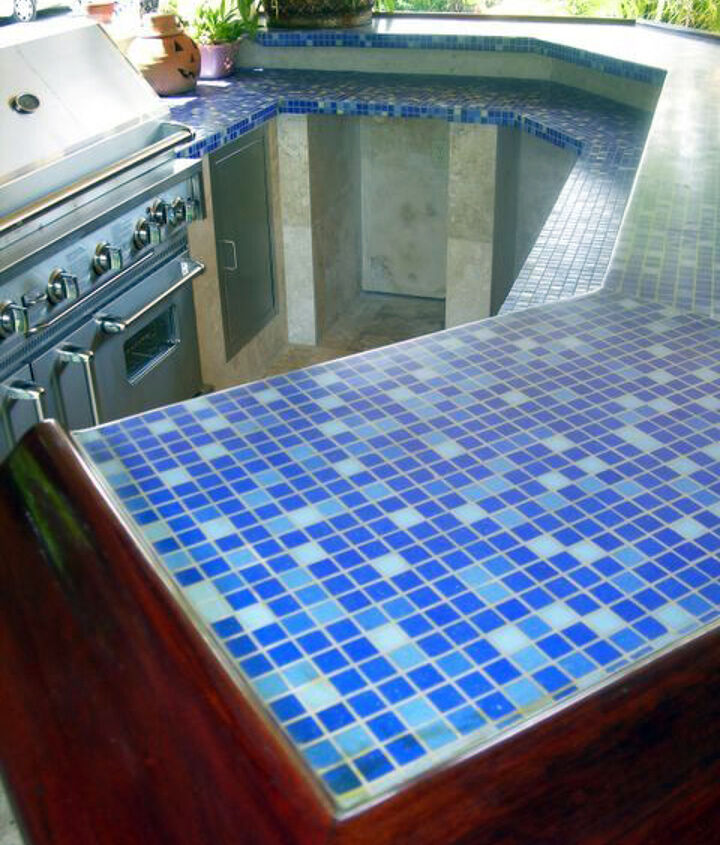 Ceramic Tile Countertops - Would they work in your kitchen? http://bit.ly/dNxmpB