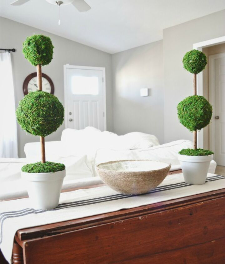 So many options and variations are available when making these DIY topiaries!