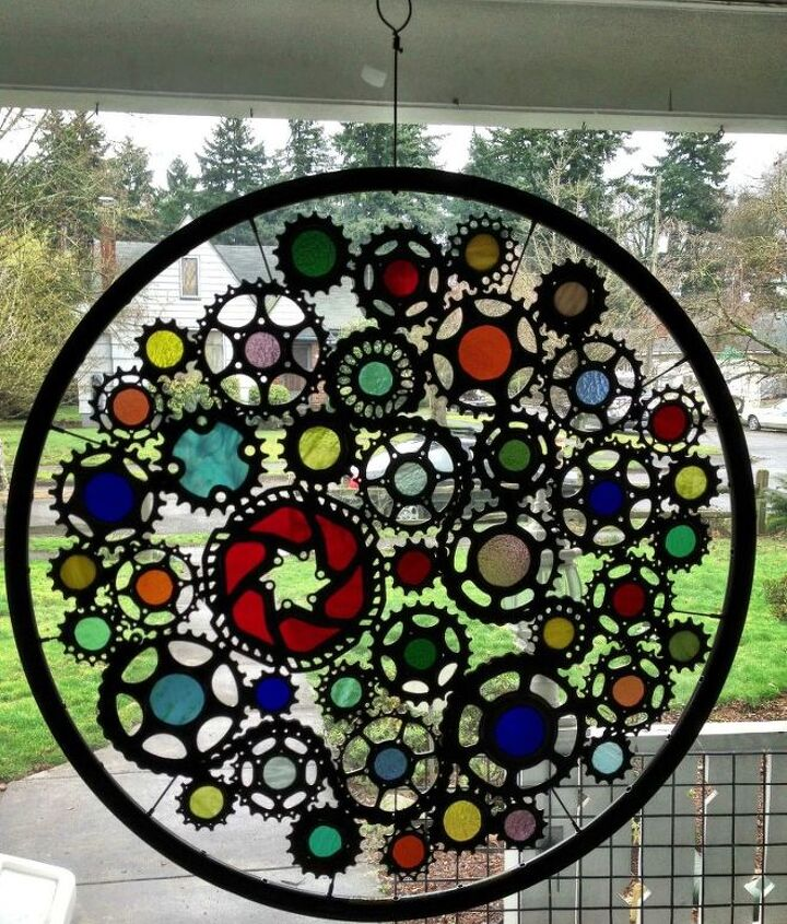 This is reuse art from a local Portland artist, he creates art from reusing bicycle parts. His name is Viello Gioelli.