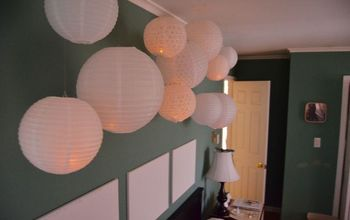 LED Lit Lantern Wall