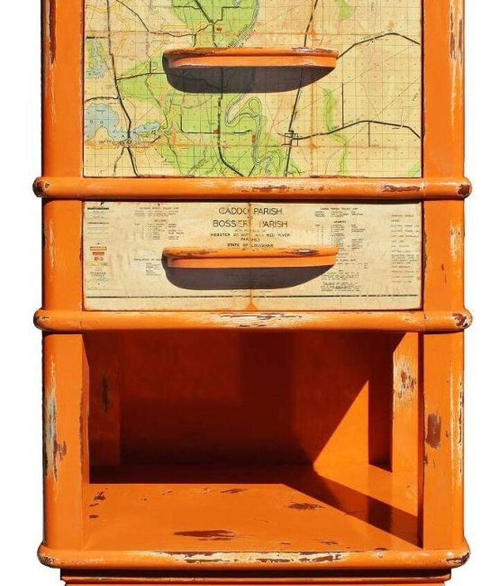 I painted the vintage Cavalier nightstand in orange chalk paint from Annie Sloan.