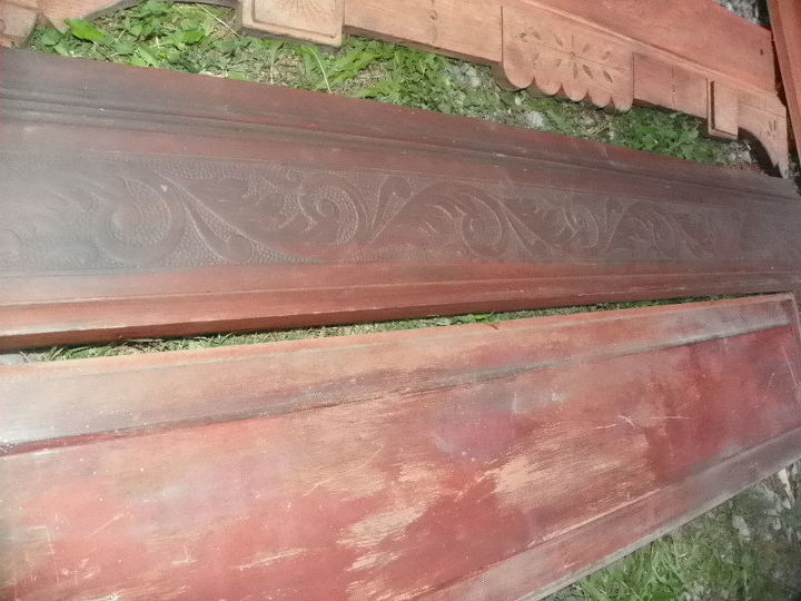 ah! another look at the carved wood