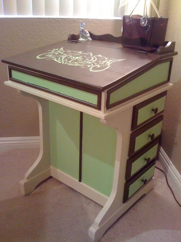 Old School Desk Refurb Chalk Paint Home Decor Painted Furniture