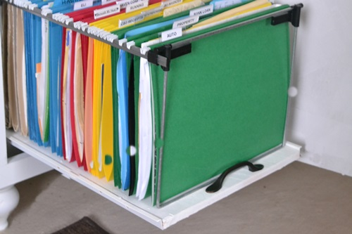 I can easily view my files by pulling on the handle.