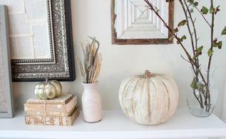 chalk paint pumpkins, crafts, seasonal holiday decor
