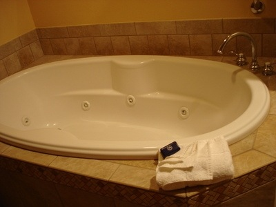 How to Clean Jacuzzi Tub Jets | Hometalk