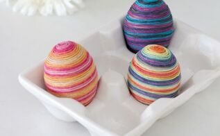 twine wrapped easter eggs, crafts, easter decorations, repurposing upcycling, seasonal holiday decor