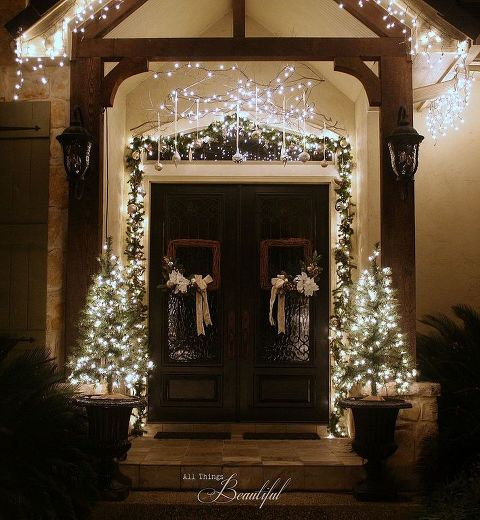 christmas porch and front door garland diy christmas decorations curb appeal doors