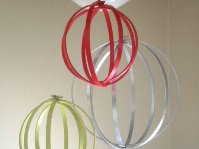 repurpose embroidery hoops to make big christmas ornaments, christmas decorations, repurposing upcycling, seasonal holiday decor, Embroidery Hoop Christmas Ornaments
