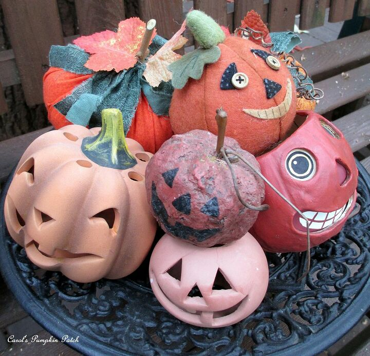 fall pumpkins, halloween decorations, home decor, seasonal holiday decor, My friend Carol made a little display of all her decorative pumpkins and asked me to take a picture Aren t they cute http pinterest com barbrosen