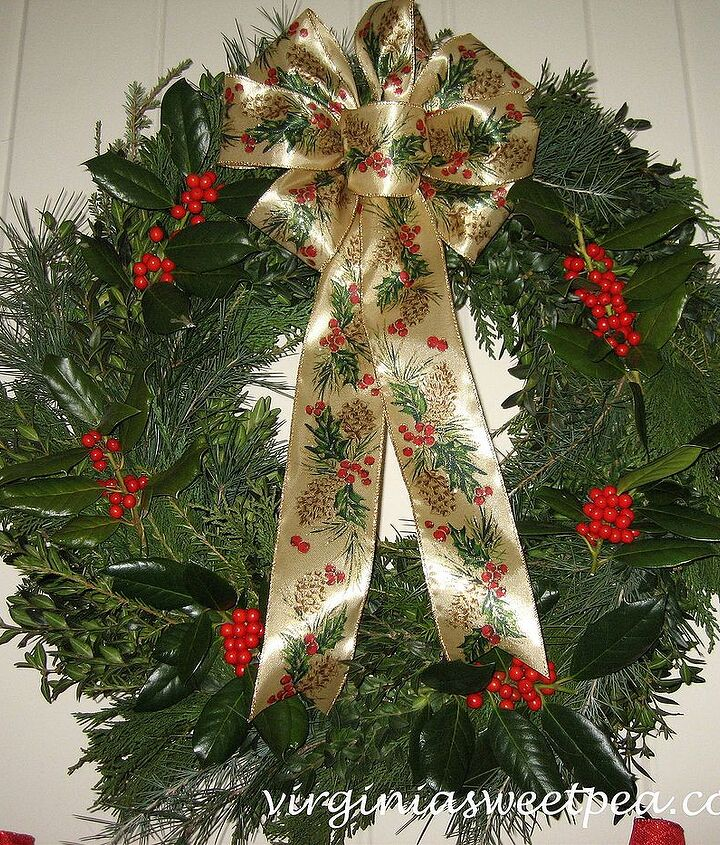 Classic evergreen wreath
