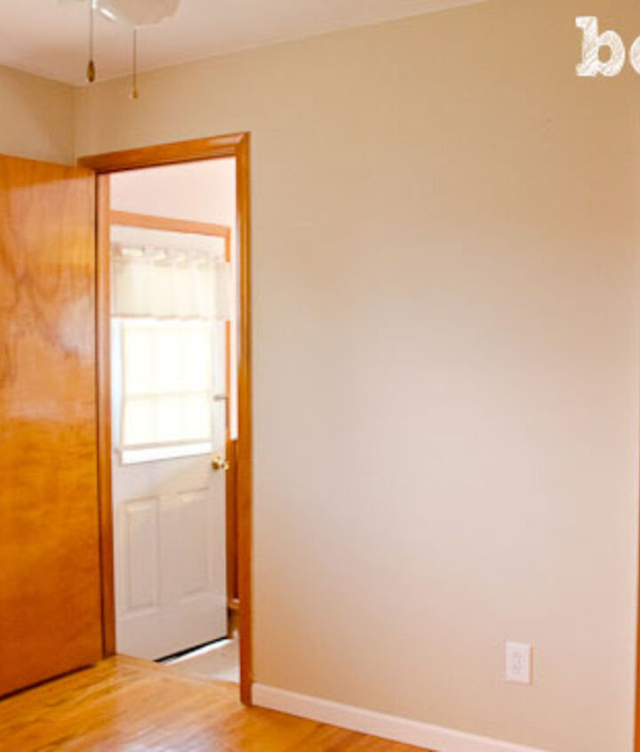 Room before - boring and outdated