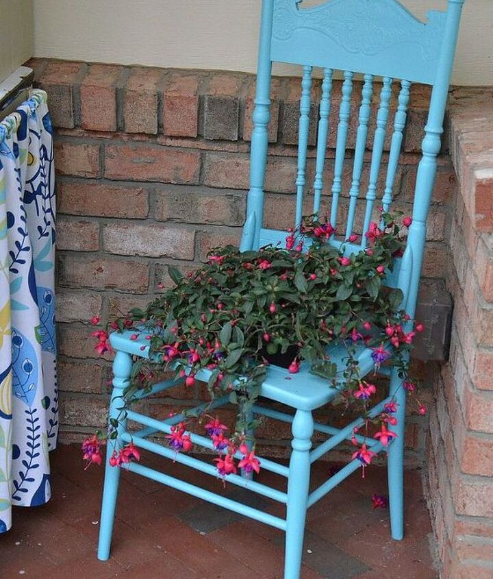 Vintage chair turned flower pot!