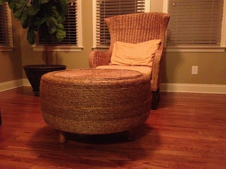 i turned a tire into an ottoman, painted furniture, repurposing upcycling