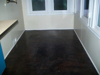 The finished paper bag floor colored with RIT dye
