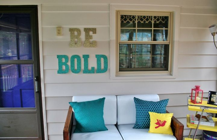 inspiring glitter artwork, crafts, decks, decoupage, home decor, Glitter artwork that gives a big bold personalized message