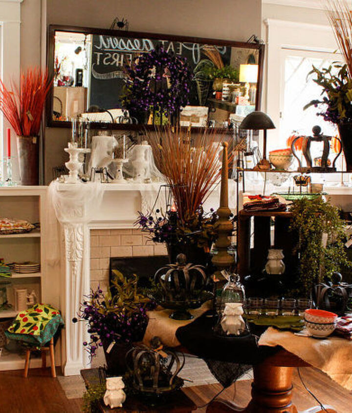Use grasses and greens for an instant autumn feel.