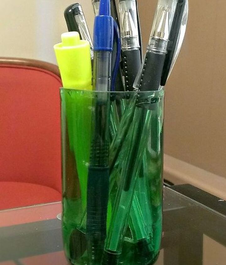My new pen holder at work :)
