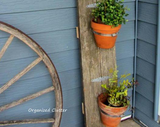 1st Junk Garden Project Of 2014 Reclaimed Wood Flower Pot Holder Diy Flowers