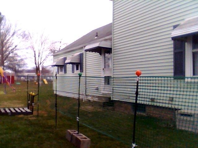 cinder block gardening, gardening