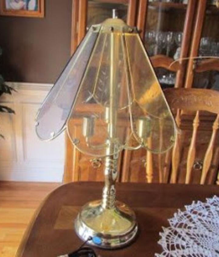 Creating a faux tiffany lamp
