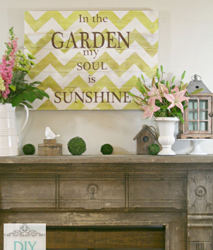 Distressed chevron garden sign/Summer mantel