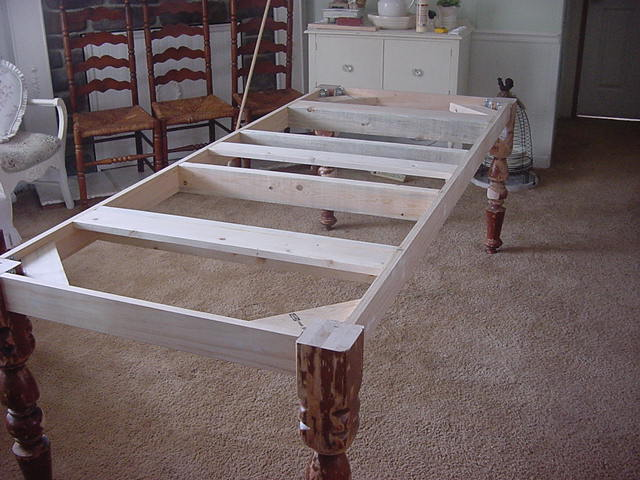 Making a farmhouse table hometalk - Table that attaches to bed ...
