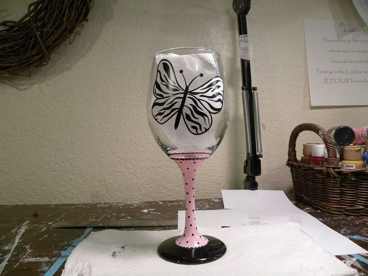 how to paint a wine glass, crafts, painting, Zebra Butterfly Wine Glass using a 16 oz wine glass from the dollar store and craft glass paint black pink white A small sea sponge mid liner brush 2 an old scruffy brush 3 and 4 alcohol to clean glass scotch magic 3 4