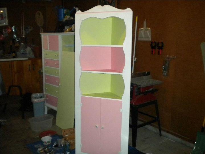 $5 corner shelf
