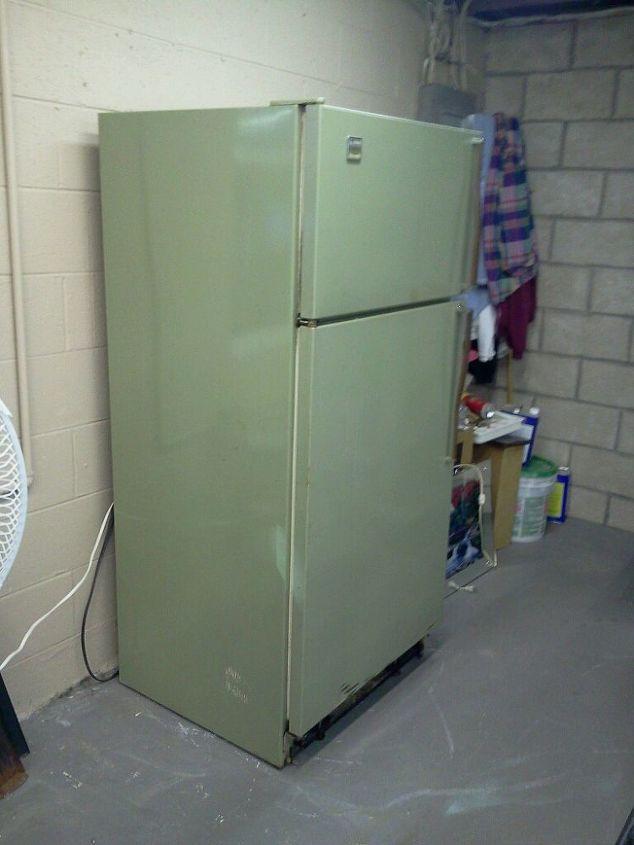 painting a fridge, appliances, painting