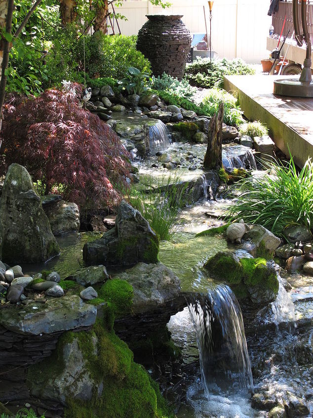 Small and detailed pondless waterfalls in a tight space.  Learn more about our waterfall construction, click on this link https://www.facebook.com/notes/bjl-aquascapes/waterfalls-waterfall-contruction-pondless-waterfalls-high-end-water