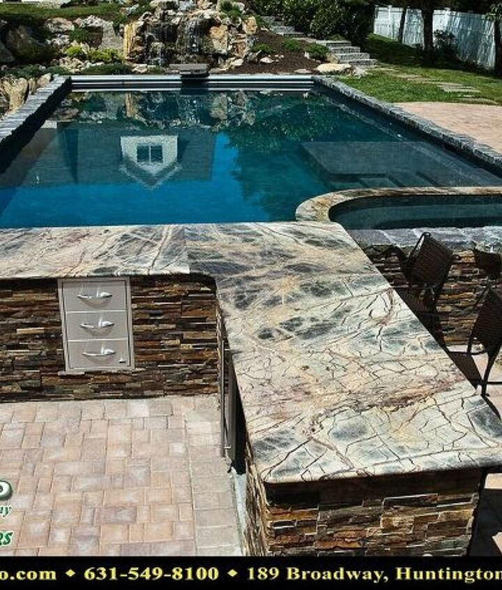 Gunite pool with auto cover, swim up bar, tanning shelf