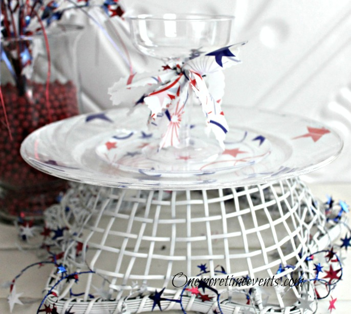 memorial day table setting with plastic and table cover memorialday, seasonal holiday d cor