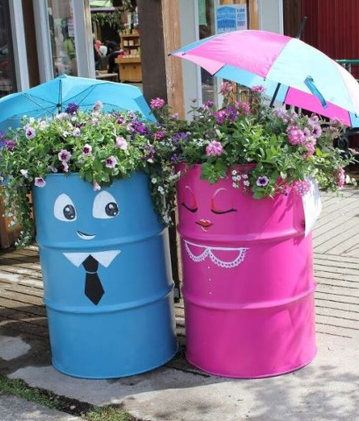 Cute container gardens that are sure to catch the eye.