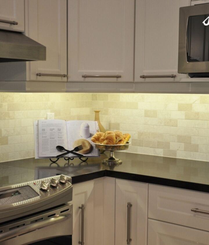 Caesarstone countertops & 2x6 backsplash