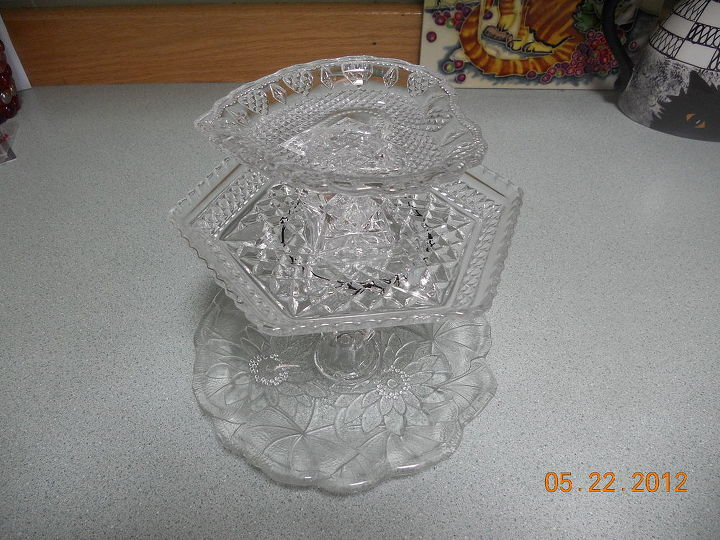 q my newest jewelry or candy or whatever tier and cd hangers, crafts, jewelry tier and cd s