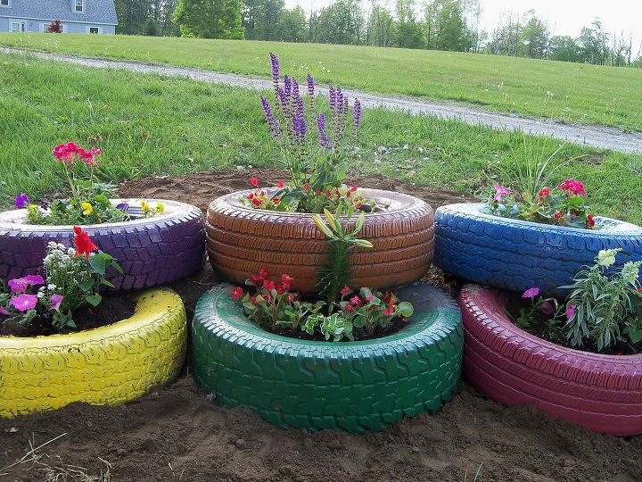my flower tire garden, flowers, gardening, outdoor living