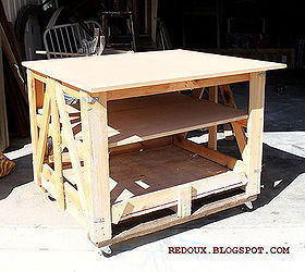 Make A Moveable Work Bench From A Shipping Pallet, Diy, Pallet, Repurposing  Upcycling