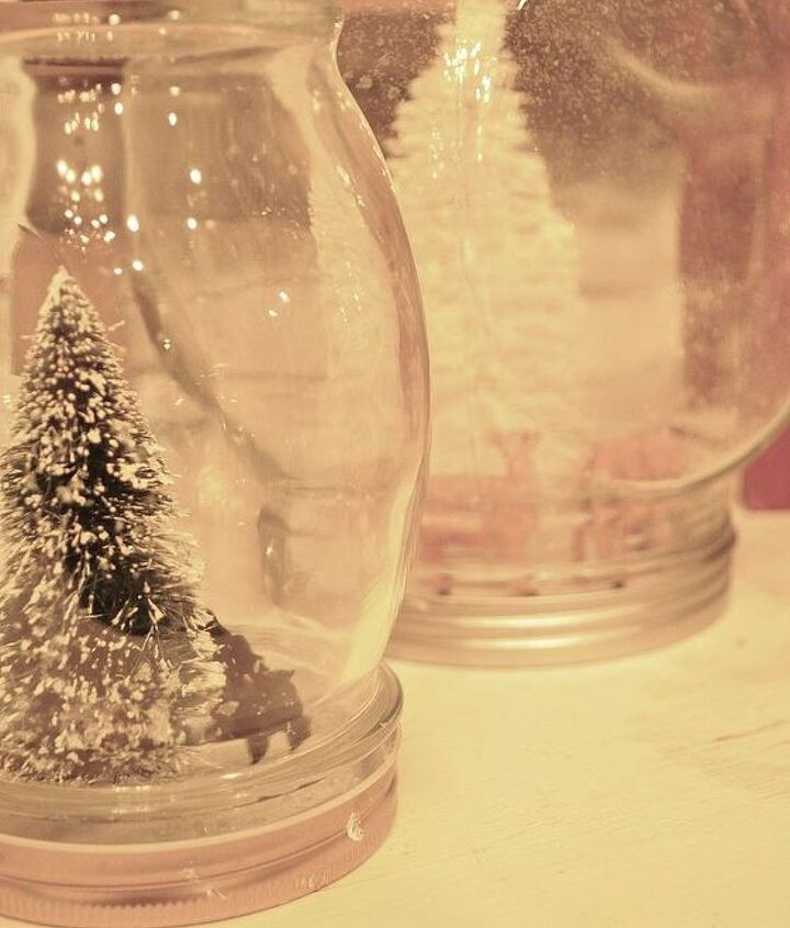 Use different sized jars for a different effect, or cluster them for the full impact. You can enjoy your new decor, or give as teacher or neighbor gifts!