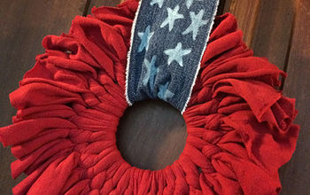 Upcycled Patriotic Wreath