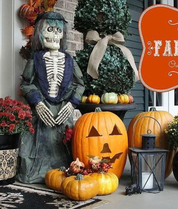 southern fall porch, halloween decorations, outdoor living, seasonal holiday decor