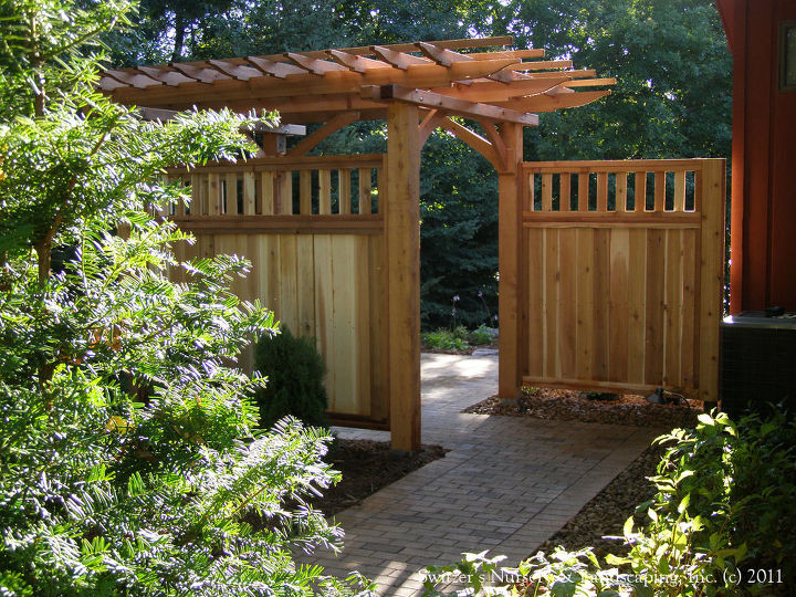 Up close it is easy to see where to go... the smooth transition.  A wonderful gateway to your backyard paradise.