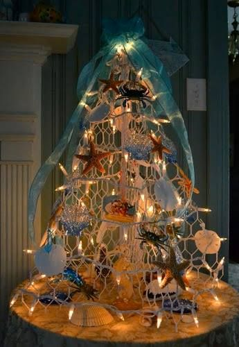 Small recycled/alternative Christmas tree.