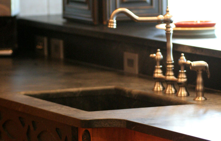 Soapstone Countertops - Would they work in your kitchen? http://bit.ly/dNxmpB