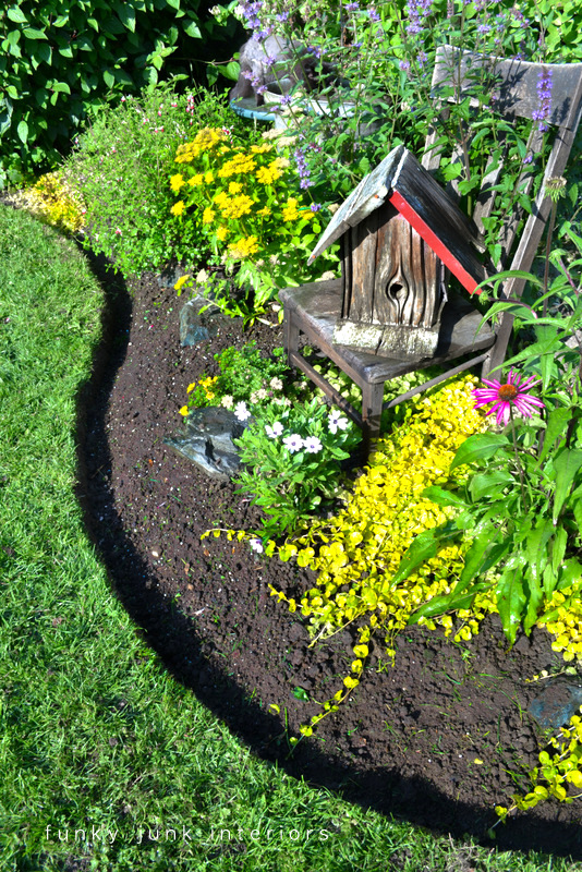 how to edge flower beds like a pro flowers gardening isn t this - Flower Beds