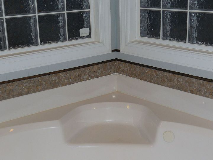 bathroom tub backsplash update, bathroom ideas, diy, kitchen backsplashes, tiling