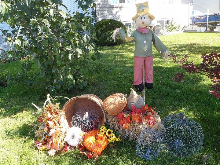falling for pumpkins and sunflowers, curb appeal, gardening, outdoor living, repurposing upcycling, seasonal holiday decor