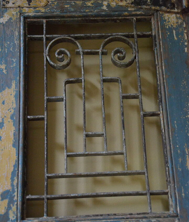 Close up iron panels