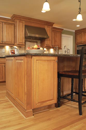 Island detail & a view of the eating area. You can see more of AK's work @ http://bit.ly/atlantakitchens